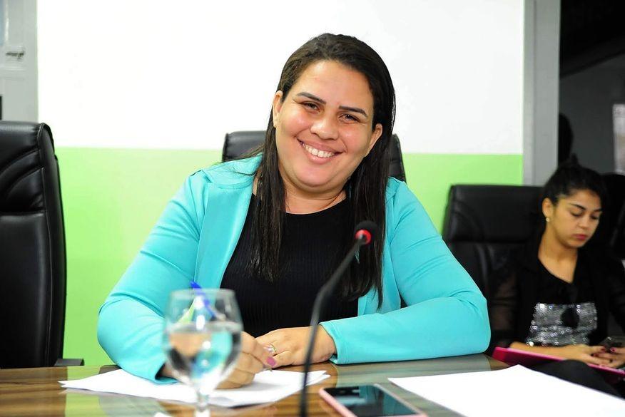 WhatsApp Image 2020 11 09 at 10.57.38 - ABUSO DE PODER ECONÔMICO: Ministério Público pede cassação do registro de candidatura de Luciene de Fofinho; veja o documento