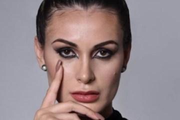 """andressa - Andressa Urach desabafa: """"Só não me mato porque tenho filho para criar"""""""