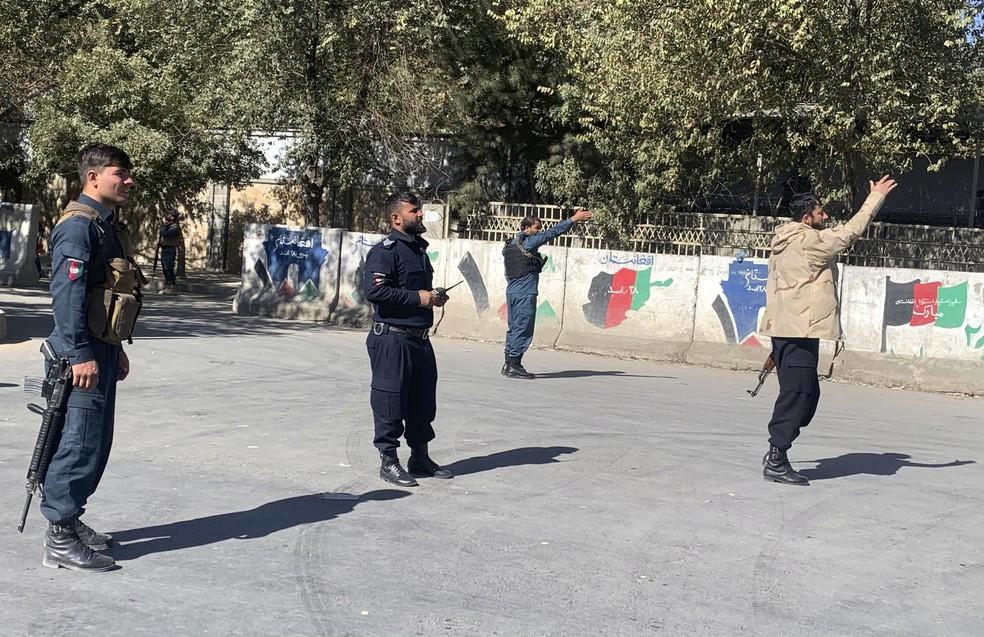 ap20307291460827 - Ataque em universidade deixa 19 mortos e 22 feridos no Afeganistão