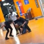 carrefour e1605865649373 418x235 1 - Polícia apura se funcionária mentiu em depoimento sobre morte de João Alberto em supermercado de Porto Alegre