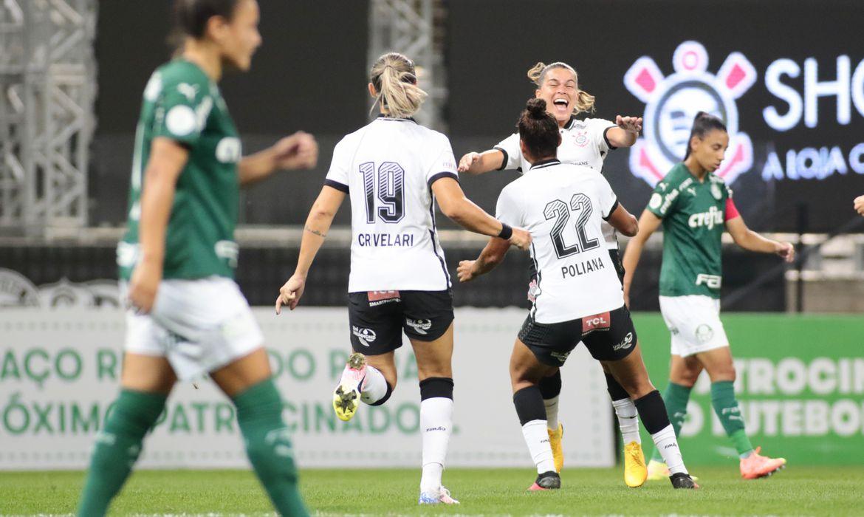 corinthians palmeiras - Corinthians vence Palmeiras e volta à decisão do Brasileiro Feminino