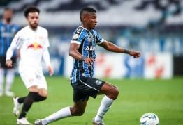 Grêmio amplia série invicta no Brasileiro e devolve Bragantino ao Z-4