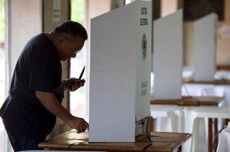 imagem materia - PARA NÃO ERRAR! Eleitor pode treinar como se vota em simulador do TSE; confira