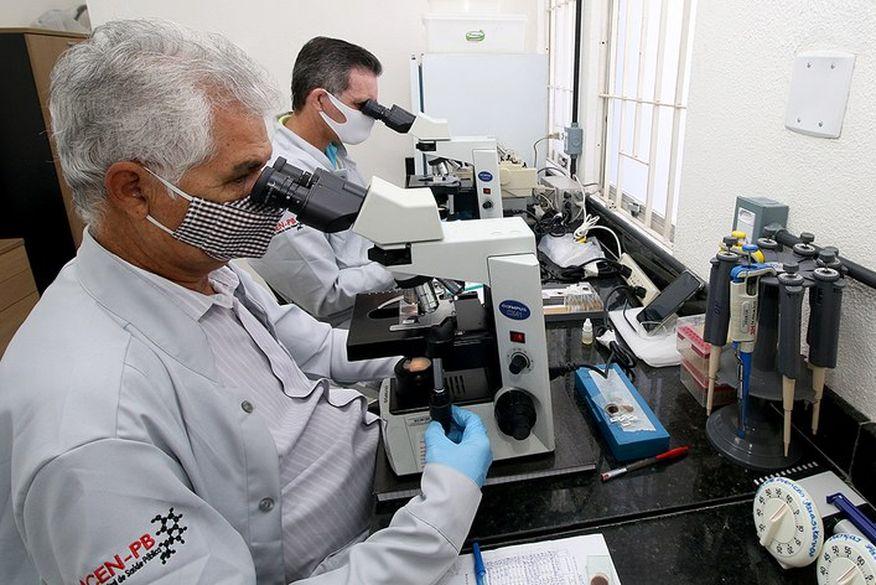 lacen pb laboratorio central da paraiba coronavirus foto secom pb15 - COVID-19: Distrito Federal tem taxa de infecção mais alta do país e corre risco de segunda onda
