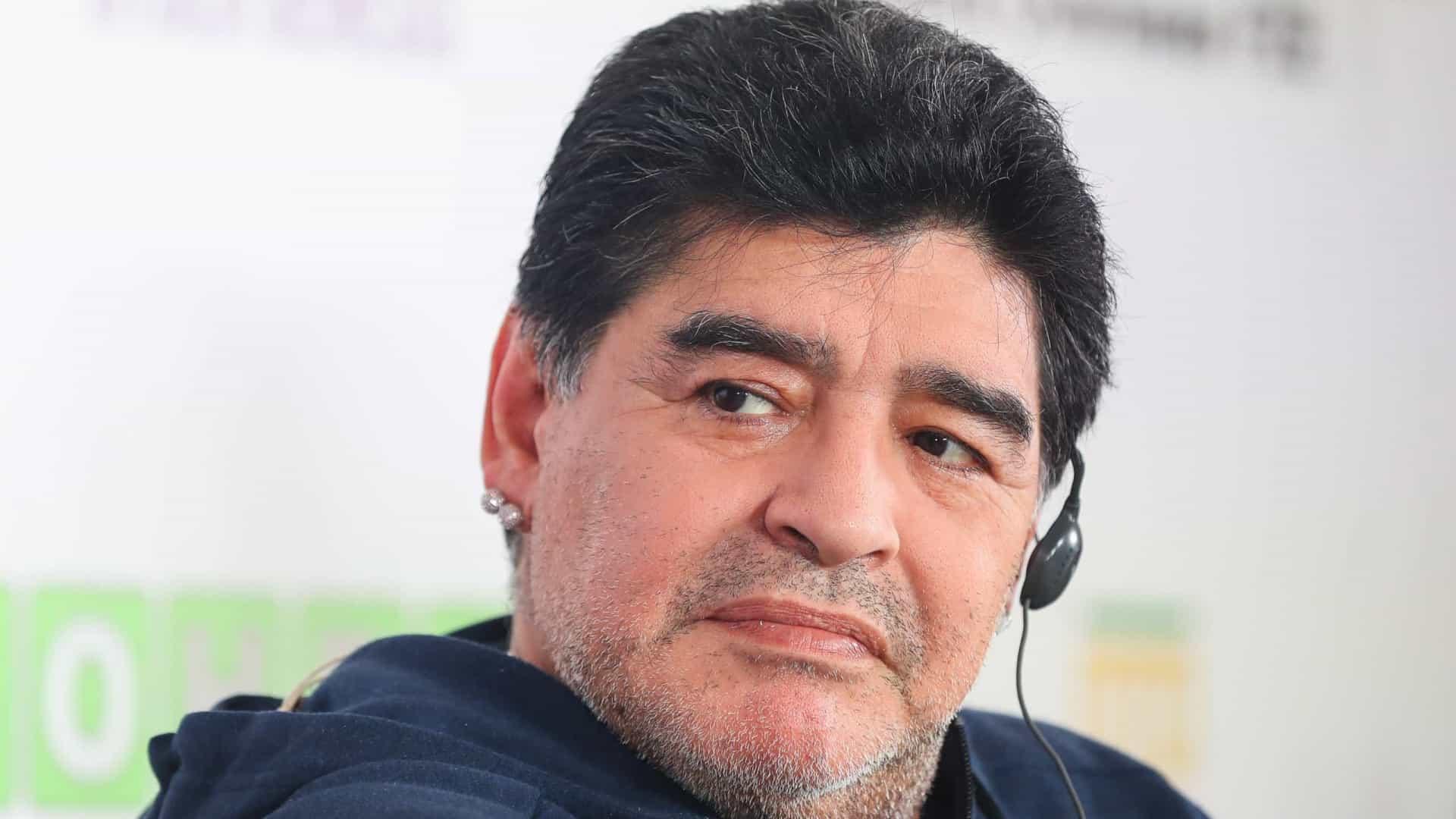 maradona - Retrospectiva 2020: relembre os famosos que morreram este ano