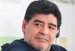 Médico de Maradona diz que ex-jogador não está com covid-19
