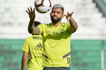 Gabigol tem problema muscular e vira dor de cabeça para o Flamengo