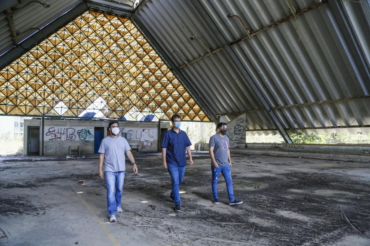 Ruy garante recursos e comemora início das obras para reabertura do CAIC de Mangabeira