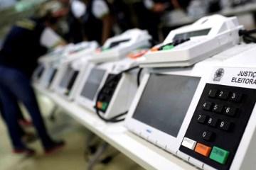 urna2 - Três urnas eletrônicas apresentaram problemas em João Pessoa