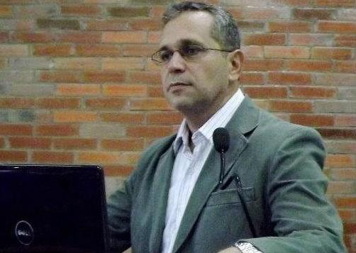 valdiney gouveia 1 - PROTESTO: Professores decidem parar UFPB no dia 18 contra reitorado de Valdiney