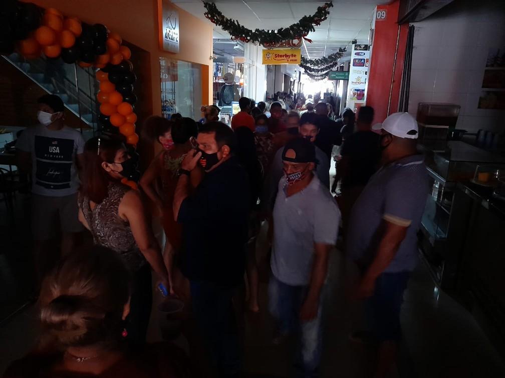 whatsapp image 2020 11 27 at 10.10.48 - Apagão no Centro Comercial de Macapá afeta clientes e lojistas durante Black Friday