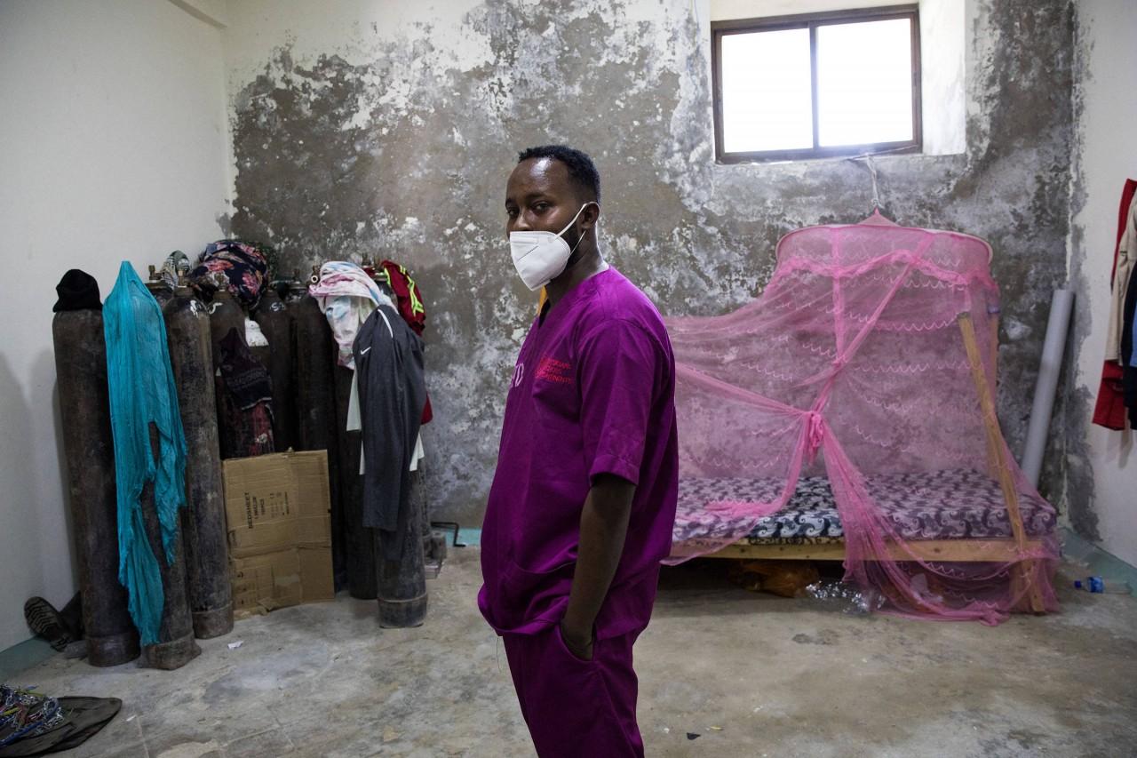 16090053695fe77939f2ca8 1609005369 3x2 rt - POSSIVELMENTE MAIS MORTAL: Coronavírus ressurge na África, e médicos acham que o pior está por vir