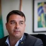 89047838 - Auditor citado pela defesa de Flávio Bolsonaro é exonerado de cargo na Receita Federal