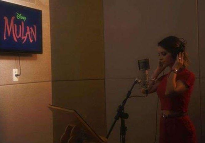 Capturar.JPGrrr - Após 22 anos, Sandy volta a gravar canção para o filme Mulan - ASSISTA