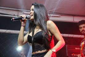 download 1 5 - AGLOMERAÇÃO: Show de Danieze Santiago reúne multidão no Brejo; VEJA VÍDEO