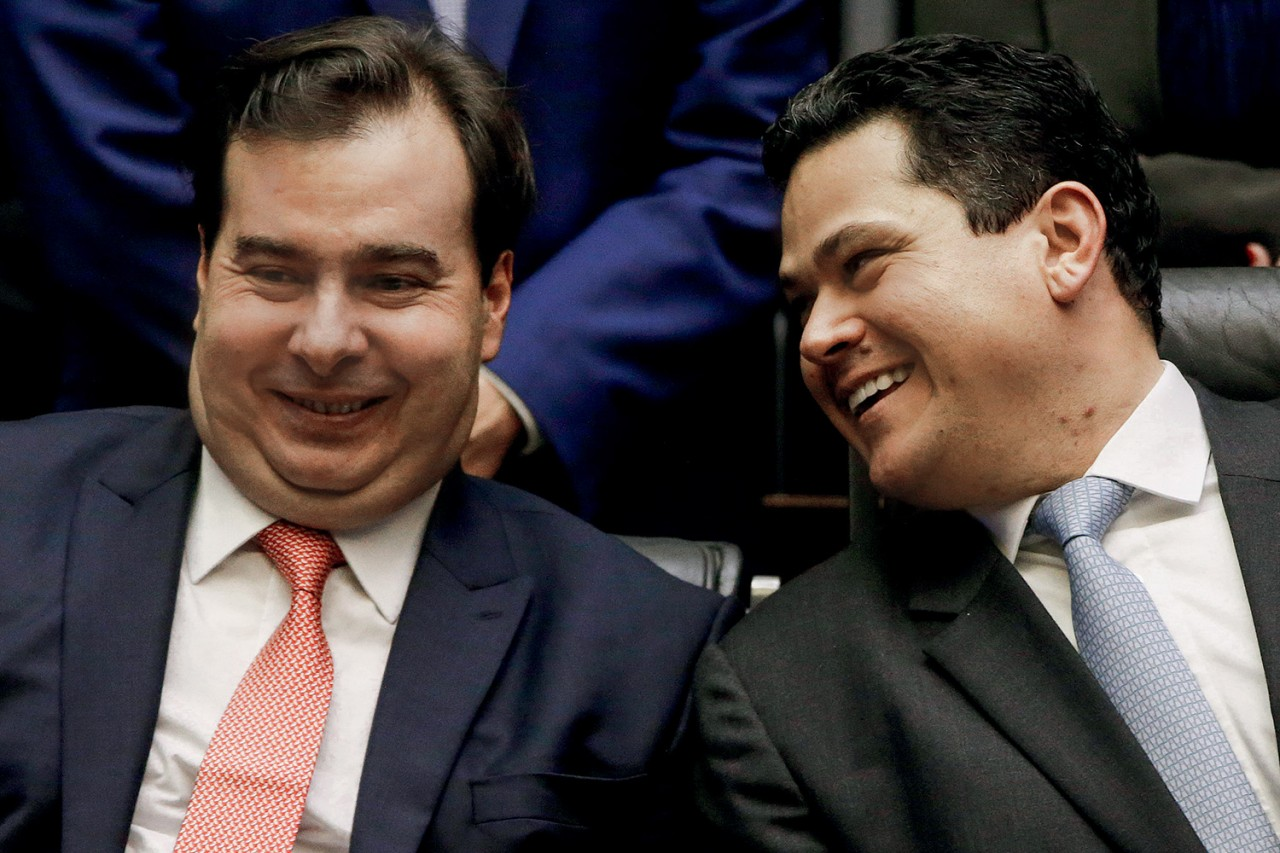 maia e alcolumbre 2 - STF já tem 4 votos favoráveis a reeleição de Maia e Alcolumbre nas presidências da Câmara e do Senado