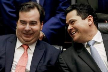 maia e alcolumbre 2 - Voto de Gilmar Mendes e ministros no STF permite reeleição de Davi Alcolumbre e Rodrigo Maia