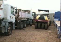 Suspeitos roubam máquina de pavimentar rua no Sertão da Paraíba