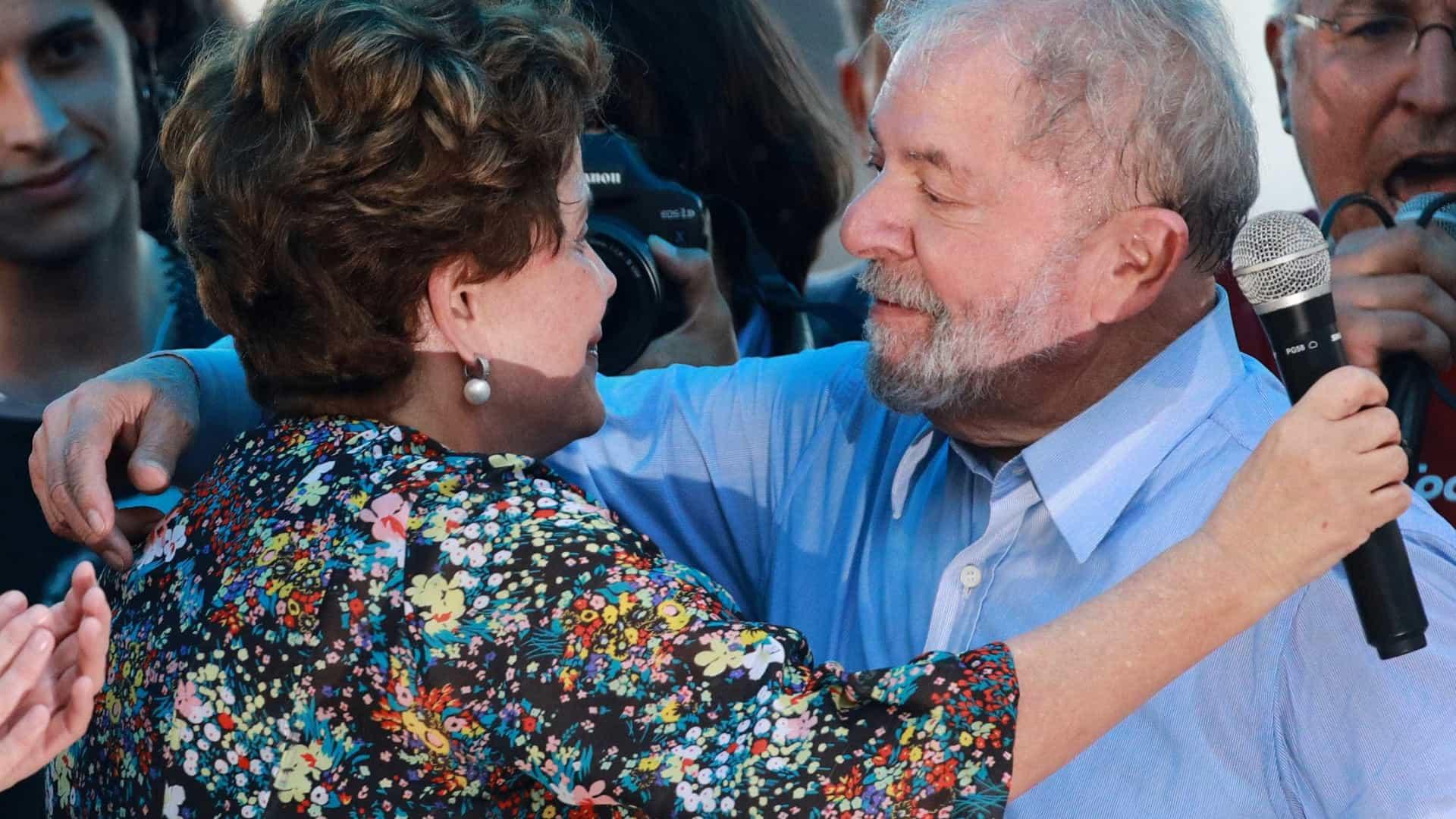 naom 5a68fac11d6ad - Há 10 anos, Lula se despedia e exaltava competência de Dilma