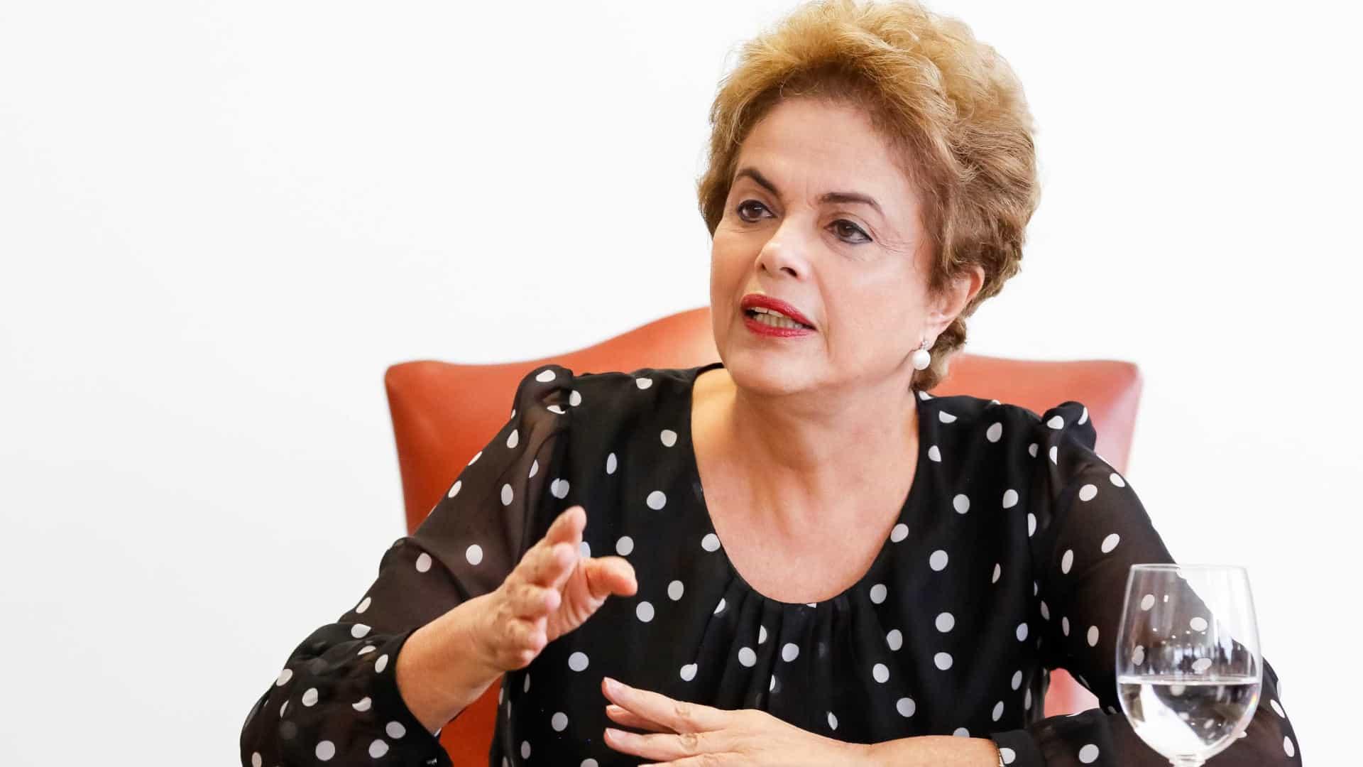 """naom 5c4b2c859b734 - """"ESPERANDO O RAIO X"""": Bolsonaro ironiza tortura sofrida por Dilma durante a Ditadura Militar"""