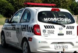 Homem é morto a tiros em praça pública na cidade de Pedras de Fogo