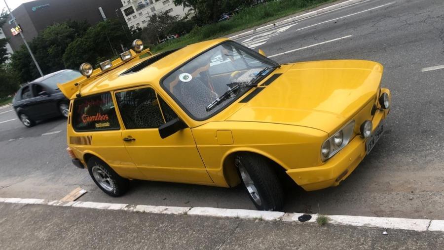 vw brasilia amarela mamonas assassinas dinho 1608320883978 v2 900x506 - Após passar por reforma, Brasília amarela dos Mamonas Assassinas estará em filme