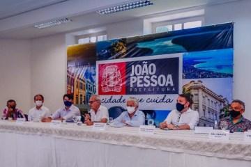 Cícero Lucena anuncia cancelamento do Carnaval 2021 em João Pessoa