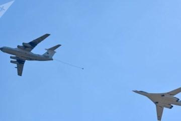 15286323 - Vídeo mostra bombardeiro Tu-160 realizando reabastecimento aéreo a 600 km/h