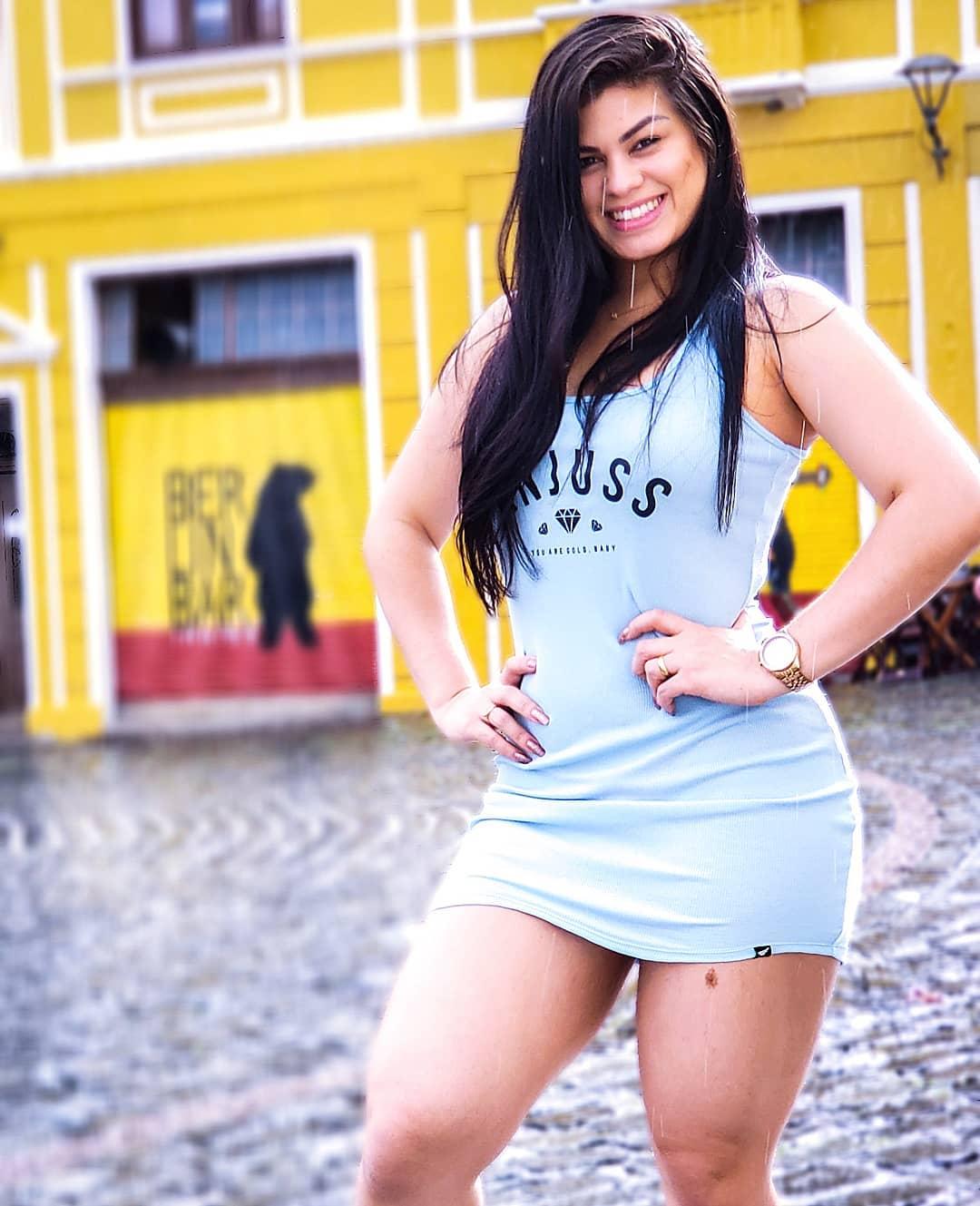 49900562 322900238321728 2277638160844324864 o - Paraibana gera polêmica ao passear nua em shopping de Recife - VEJA FOTOS E VÍDEO