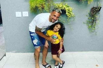 BB1cV45r - Atleta que perdeu filha morta em tragédia com armário de cozinha desabafa: 'Estrelinha no céu'