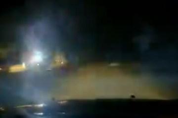 Mulher desmaia dentro de carro em chamas e é salva por três policiais – VEJA VÍDEO