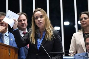 """Daniella Ribeiro os guedes - Daniella afirma que """"não há clima"""" para impeachment de Bolsonaro"""