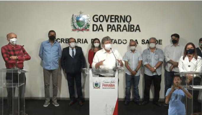 """Joao vacinacao 683x388 1 - Durante abertura da campanha de vacinação, João Azevedo afirma, """"A vacina é o único caminho"""""""