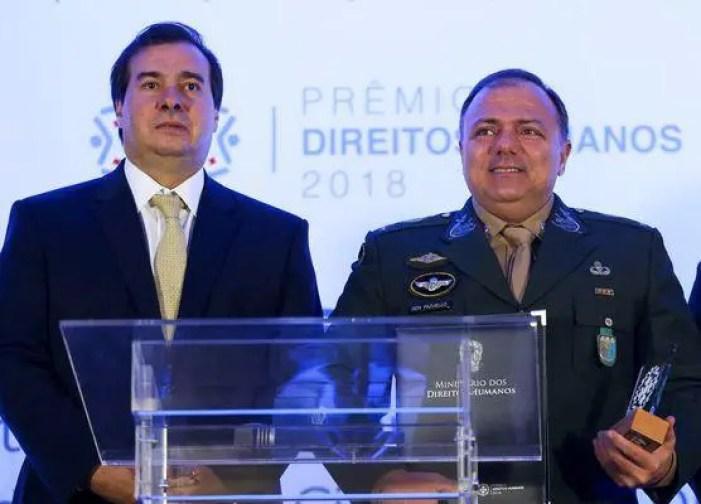 Maia e ministro.jpg - Maia diz não ter dúvidas que Pazuello cometeu crimes na gestão durante a pandemia de covid-19