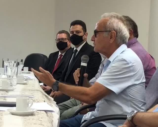 WhatsApp Image 2021 01 15 at 17.46.22 - Em reunião com sindicato, Cícero anuncia decreto para reabrir escolas particulares em João Pessoa de 'forma segura'