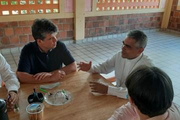 Ruy reforça cuidados com dependentes de álcool e drogas na Fazenda da Esperança