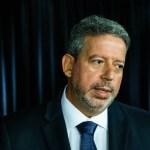 """arthur lira - Arthur Lira afirma que """"voto impresso evitou muita fraude"""", mas defende análise; candidato do Planalto também falou sobre Maia, impeachment e Centrão"""