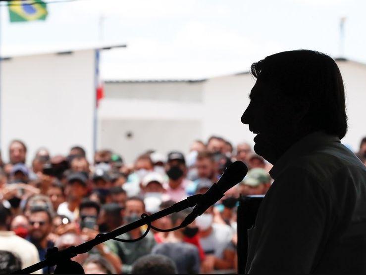 boo - Jair Bolsonaro volta a sabotar confiança da população nas vacinas contra a Covid-19