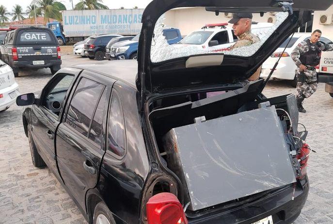 csm cofre posto assalto 56c010f4ae - EXPLOSÃO: PM prende suspeitos de arrombar posto de combustíveis e roubar cofre, em JP
