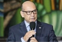 5,4 MIL LITROS: Insumo da Coronavac deve chegar ao Brasil no dia 3 de fevereiro, diz diretor do Butantan