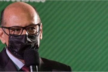 """dimas covas - Diretor do Butantan pede que Bolsonaro tenha """"dignidade"""" para defender CoronaVac e negociar com a China"""