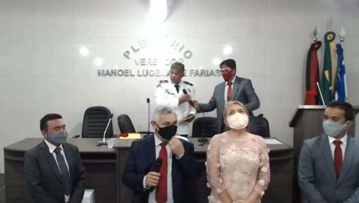 imagem 2021 01 01 161347 - Marcelo Rodrigues e vereadores tomam posse em Alhandra - VEJA VÍDEO
