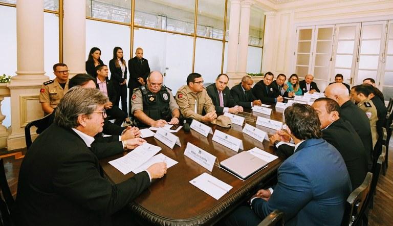joão e segurança - Paraíba registra redução de 47% nos ataques a bancos e de 23% nos roubos em 2020, aponta anuário da Segurança - VEJA NÚMEROS