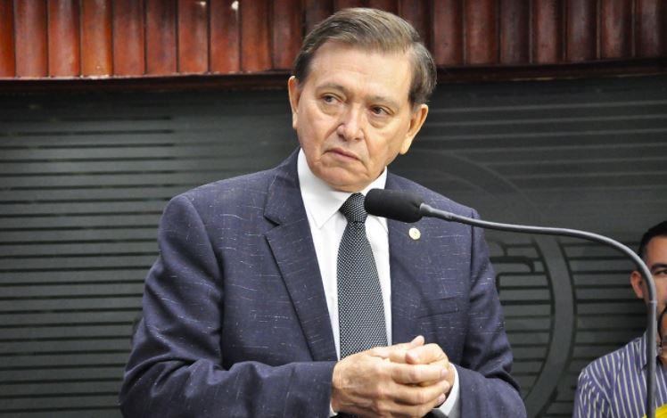 joão - Wellington Roberto lamenta morte do deputado João Henrique, vítima da Covid-19