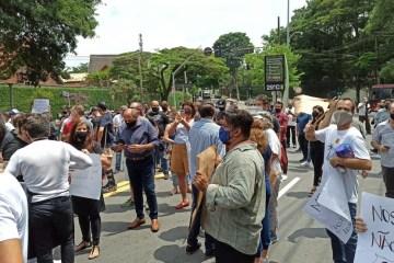 manifest 3 - Donos de bares e restaurantes de SP protestam contra fechamento dos estabelecimentos aos finais de semana