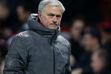 """Jose Mourinho critica Chelsea por causa da demissão de Frank Lampard """"Brutalidade do futebol"""""""