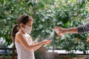 oms crianca mascara coronavirus - Crianças e adolescentes tiveram maior contato com o coronavírus na PB, aponta estudo