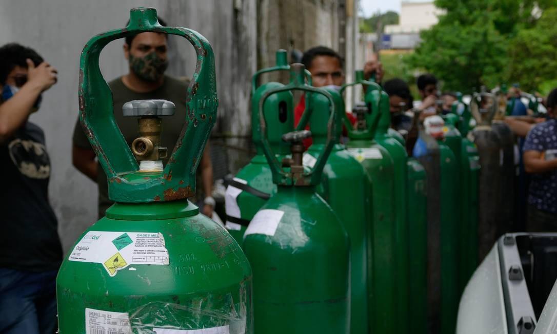 """oxigênio - """"Isso vai se alastrar pelo país"""", alerta governo do Amazonas sobre falta de oxigênio"""