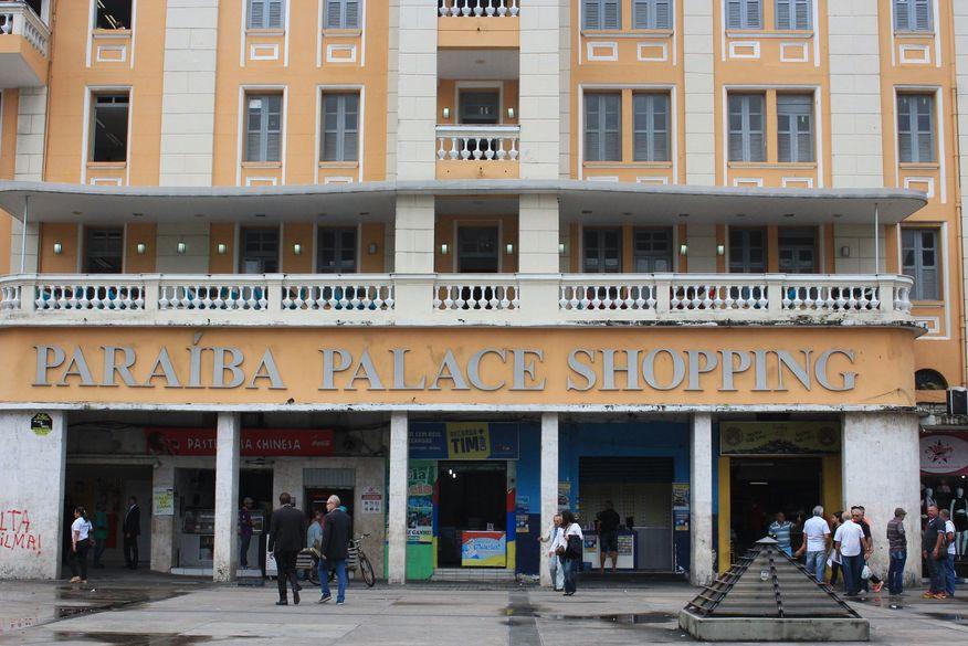 paraiba palace hotel walla santos 24 - SUSTO! Incêndio de pequenas proporções é registrado em prédio no Centro de João Pessoa