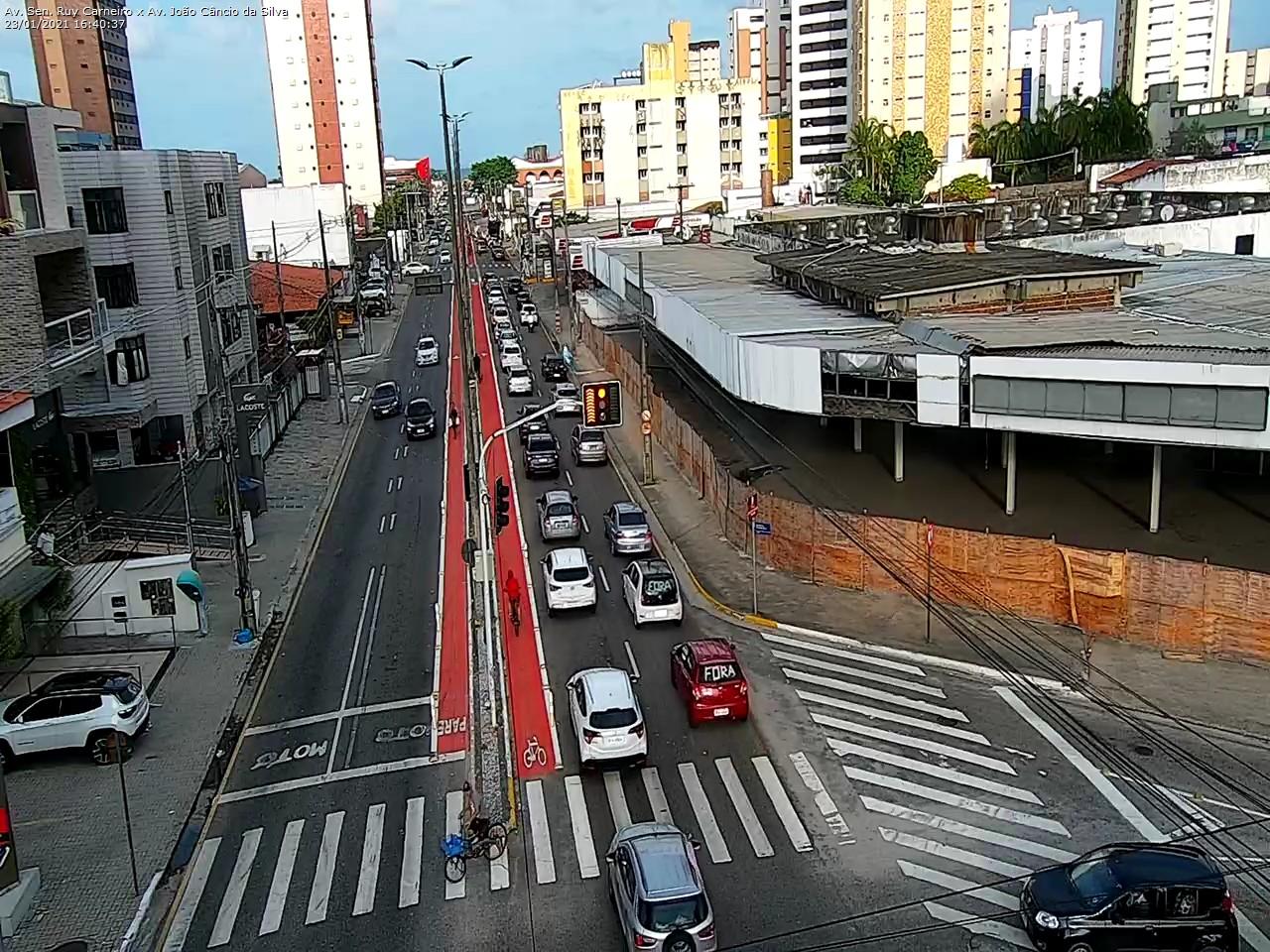 protesto 6 - Manifestantes pedem impeachment de Bolsonaro em João Pessoa - VEJA IMAGENS E VÍDEOS